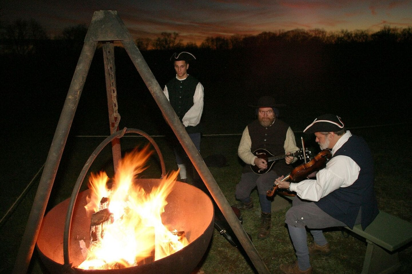 A Tour Of Mount Vernon By Candlelight