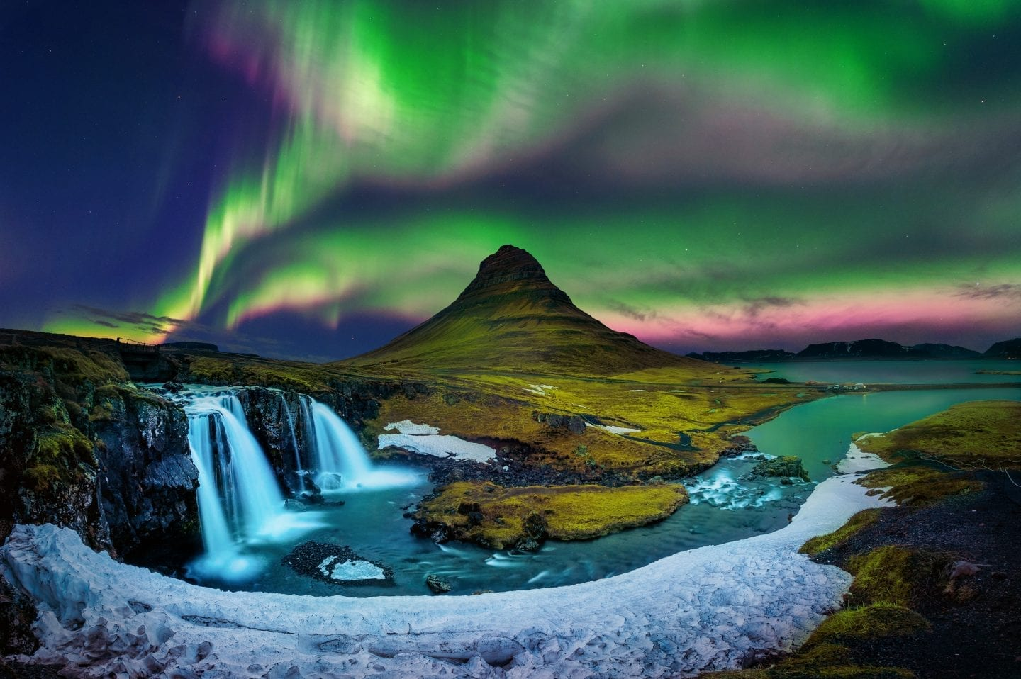 winter bucket list - visit iceland