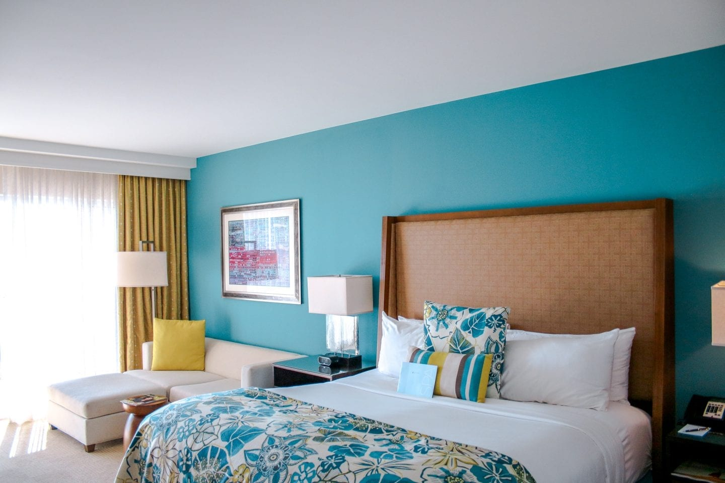 where to stay in aruba - ritz carlton guest room