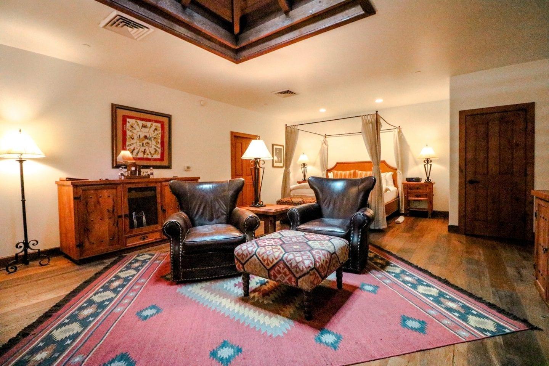 Checking In: The Hermosa Inn, Paradise Valley Arizona