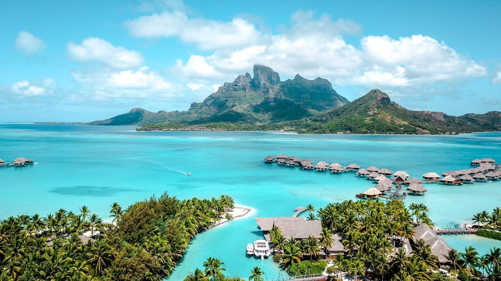 best time to visit bora bora